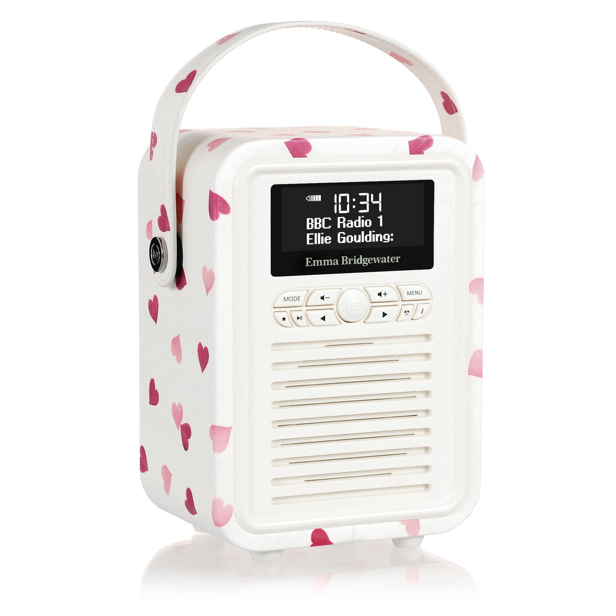 VQ RETRO RADIO MKII EMMA B DAB+, pink hearts